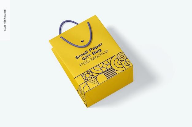 로프 핸들 모형이있는 작은 종이 선물 가방