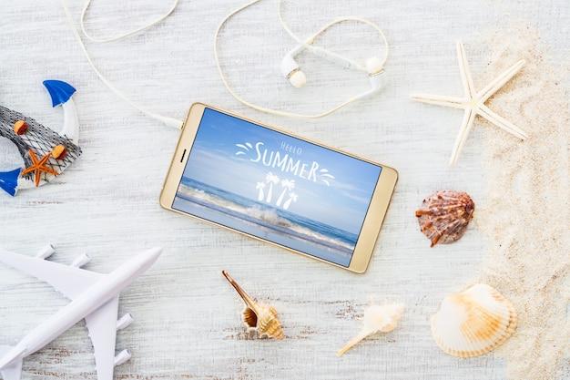 スマートフォンの夏休み用のテンプレートのモックアップ