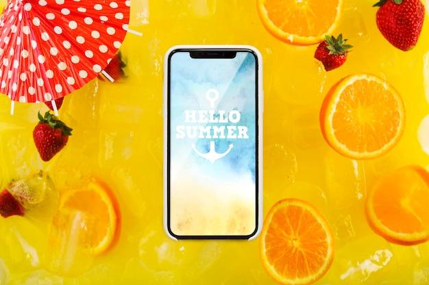 オレンジを使ったスマートフォンモックアップ