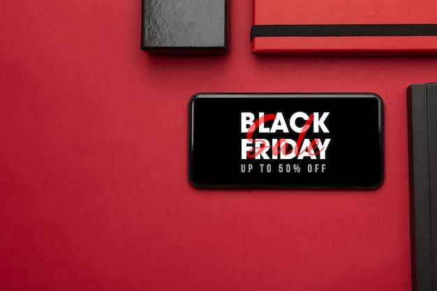 화면 모형에 검은 금요일이있는 스마트 폰