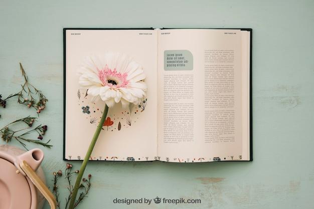 Весенний концепт-макет с открытой книгой