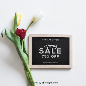 スレートと花の春のモックアップ