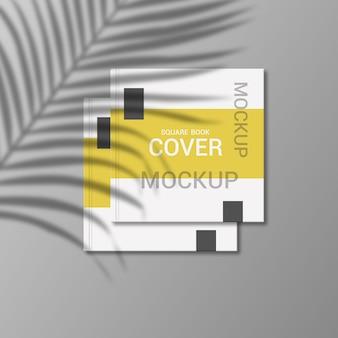 正方形の本の表紙のモックアップデザインのレンダリング
