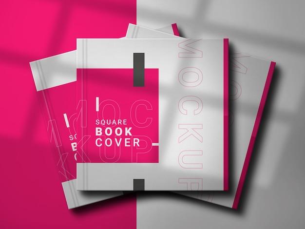 エレガントなデザインの正方形の本のモックアップ