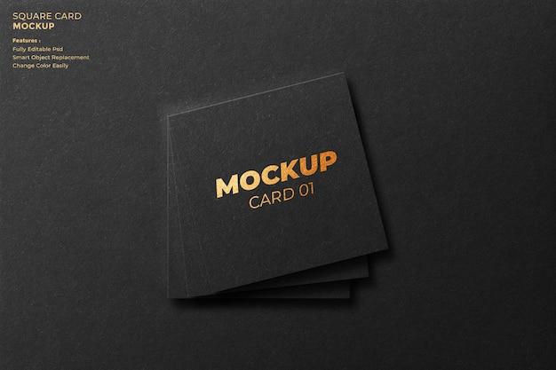 3dレンダリングでの正方形のカードのモックアップデザイン