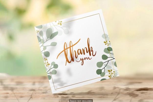 Квадратный макет поздравительной открытки