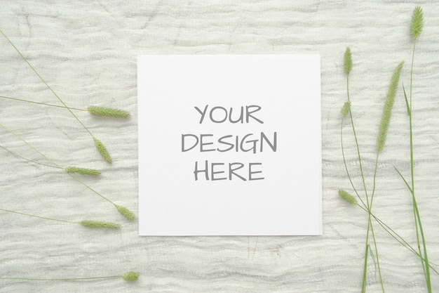 Квадратный макет карты с травами