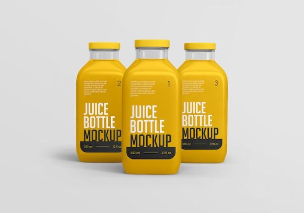 正方形のオレンジジュースボトルのモックアップ