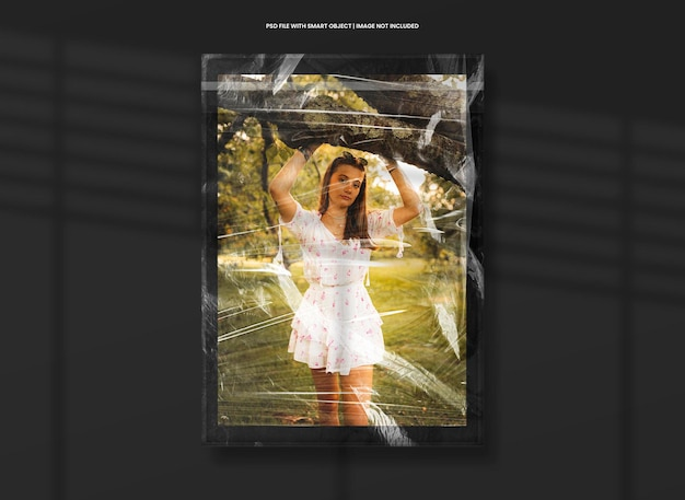Square photo frame mockup with plastic effect premium psd