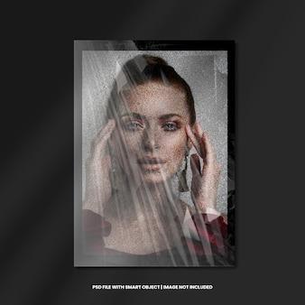 Square photo frame with plastic grain effect premium psd