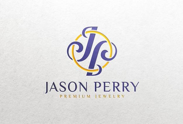 Мокап с цветным логотипом на белой бумаге