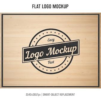 刻印されたロゴをモックアップ
