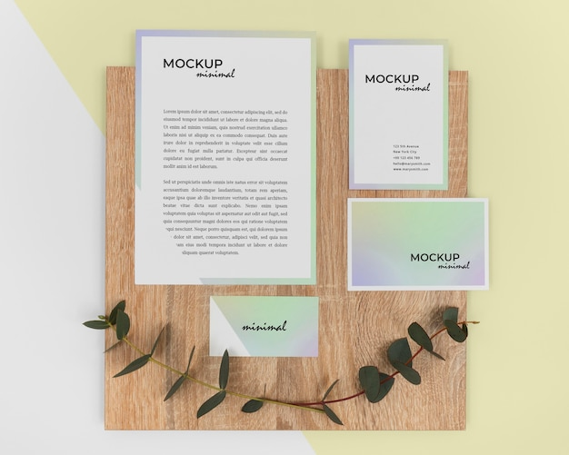 Stationery arrangement with plant
