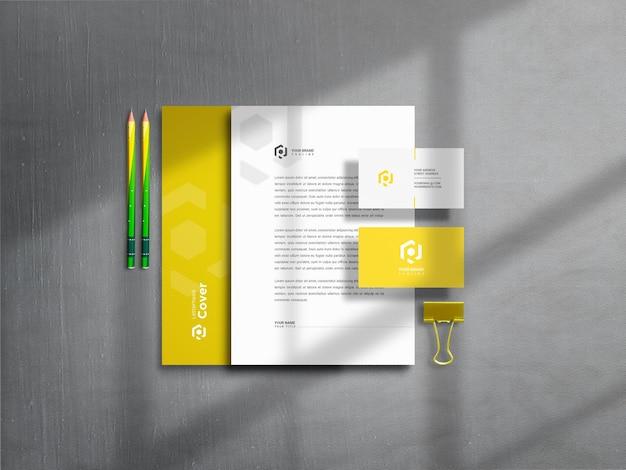 Дизайн макета канцелярских товаров