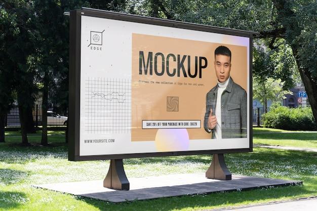 Mockup di pubblicità stradale