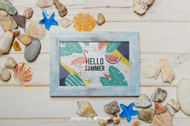 Summer concept with frame and shells