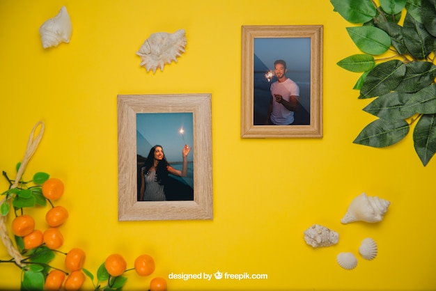 Summer concept with frames and leaves