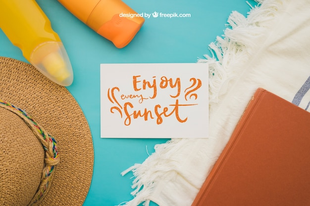 Summer decoration with paper