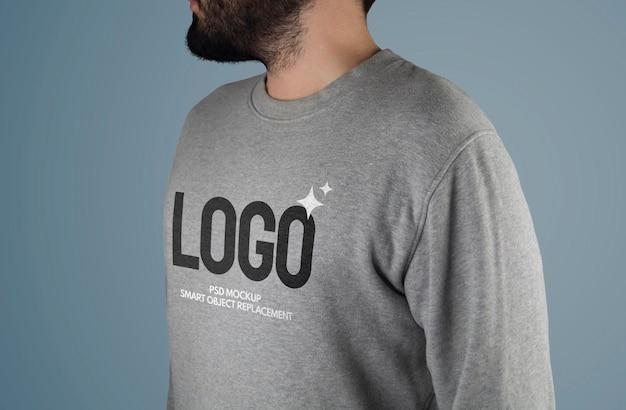 セーターのロゴのモックアップ