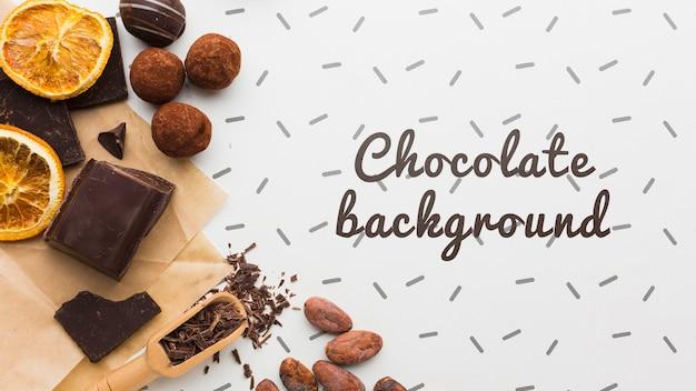 白い背景のモックアップと甘いチョコレートデザート
