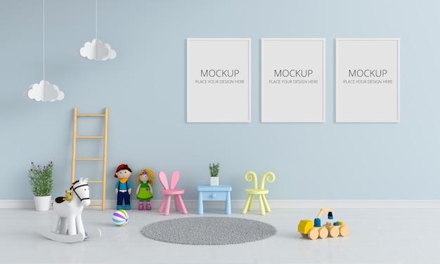 モックアップの子供部屋のインテリアのテーブルと椅子
