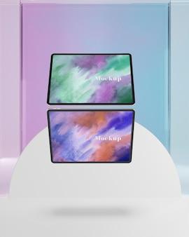 Collezione di tablet con supporto in vetro trasparente