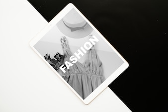 Tablet mockup on black and white background