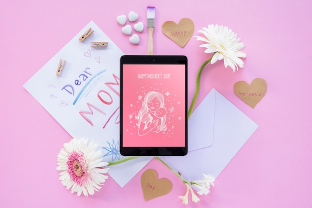 Tablet mockup with flat lay mothers day composition