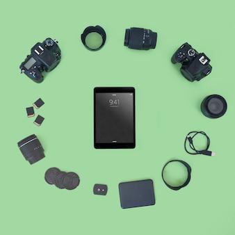 Макет планшета с концепцией фотографии