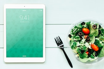 Tablet mockup with salad