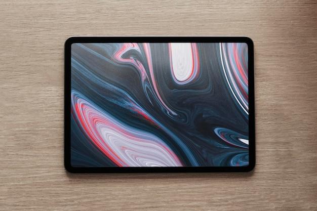 유체 아트 벽지가 있는 태블릿 화면 모형 psd 평면 배치
