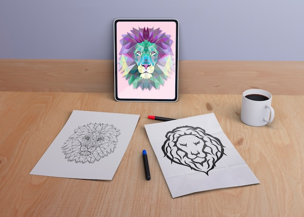 Tablet and sheets with snake design
