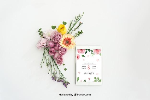 Дизайн tablet макет с цветочным декором