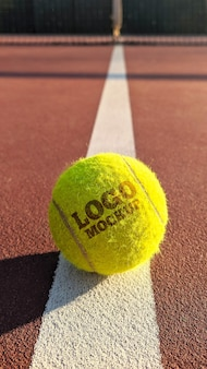 Мокап логотипа теннисного мяча