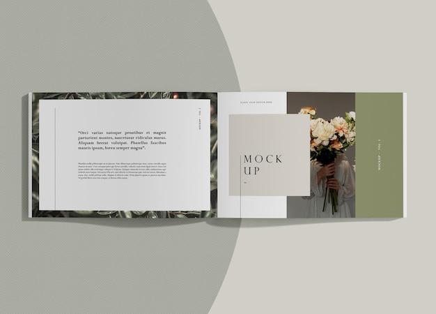 텍스트와 꽃 편집 잡지 모형
