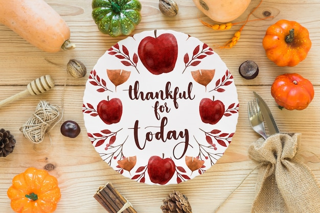 Thanksgiving mockup with cover or paper Free Psd