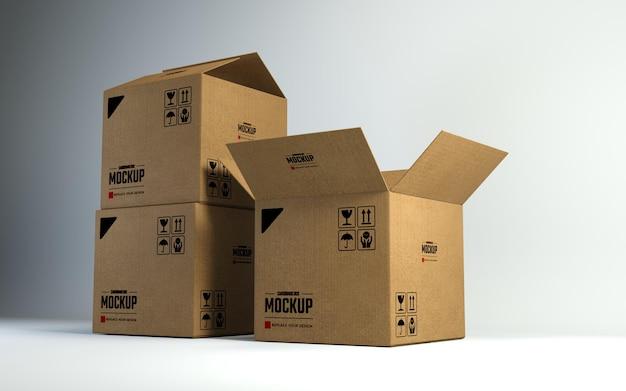 3 つの段ボール箱のモックアップ デザイン