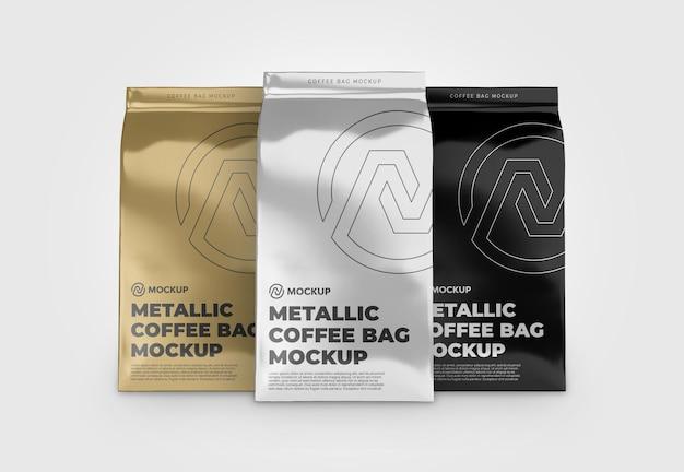세 금속 커피 가방 목업 전면보기