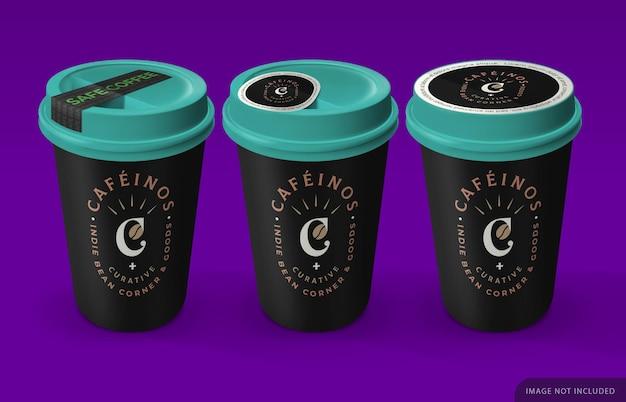 Три макета кофейной чашки на вынос с наклейкой безопасности