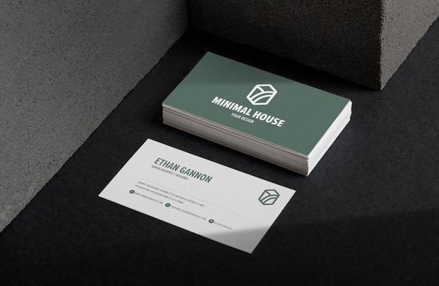 Верхний угол обзора минимального макета визитки