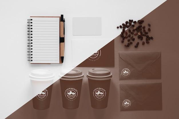 Vista dall'alto del modello di concetto di caffè