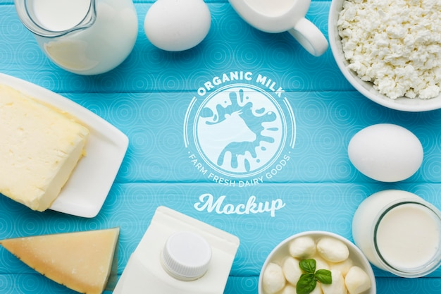 Top view dairy products arrangement Free Psd