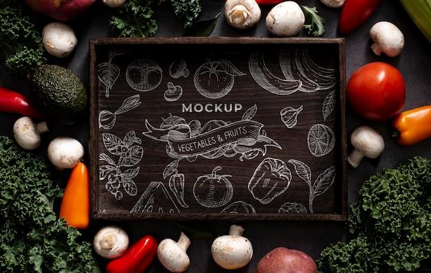 Vista dall'alto del mock-up del concetto di verdure sane