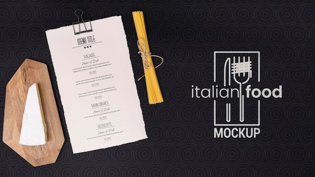トップビューパスタとイタリア料理のコンセプト