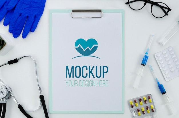 Concetto medico di vista dall'alto con mock-up