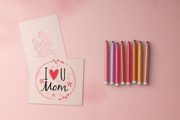Вид сверху на день матери и маркеры с макетом