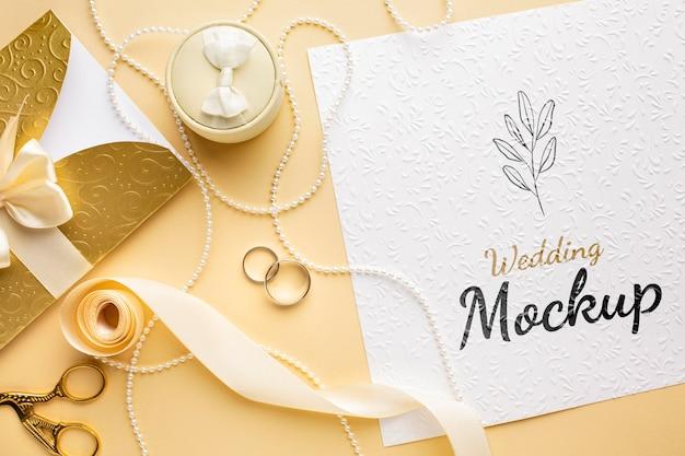 Вид сверху на красивый свадебный макет концепции