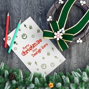Вид сверху на декоративные элементы рождественского макета