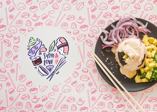Вид сверху тарелку с едой с розовым фоном