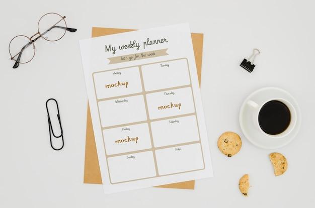 コーヒーと平面図文房具モックアップ